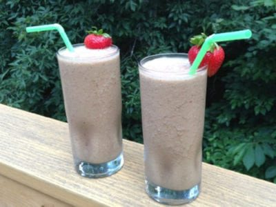 Strawberry Almond Butter Smoothie
