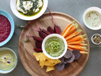 Avocado & broad bean dip